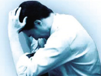 头痛疾病主要会有哪些症状表现