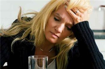 长期的抑郁症患者是非常容易导致失眠的